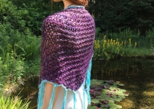Violet Contemplation 2, shawl € 100,--